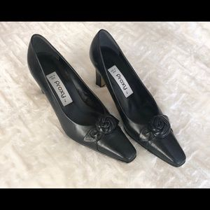 Proxy Shoes - Women's Proxy Black Leather Shoes made in Spain